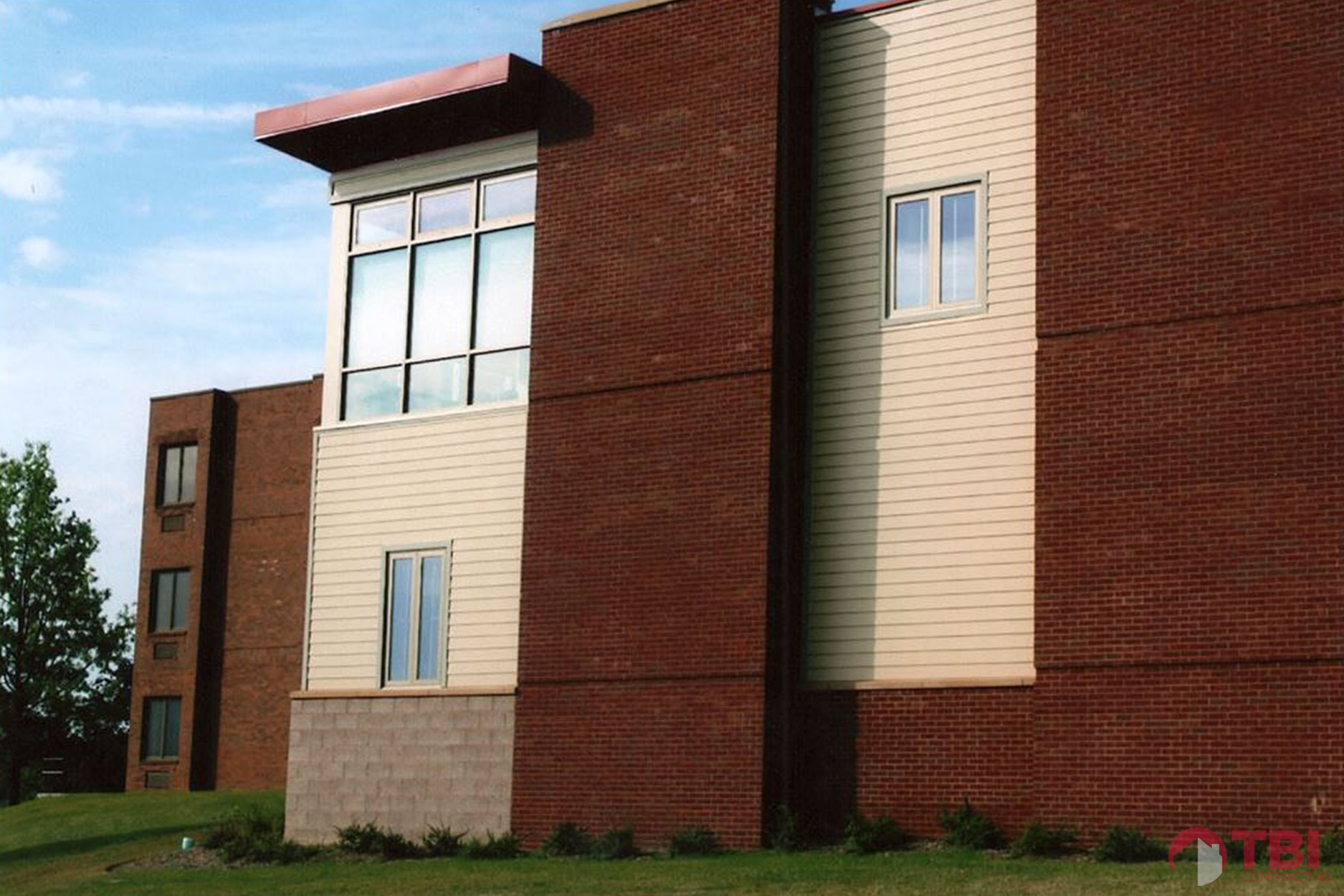 https://i2.wp.com/tbicontracting.com/wp-content/uploads/2015/05/washington-county-health-center-1.jpg?fit=1875%2C1250&ssl=1
