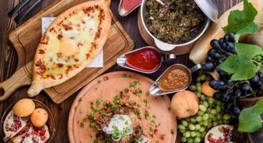 Топ 10 самых вкусных блюд которые нужно попробовать в Тбилиси