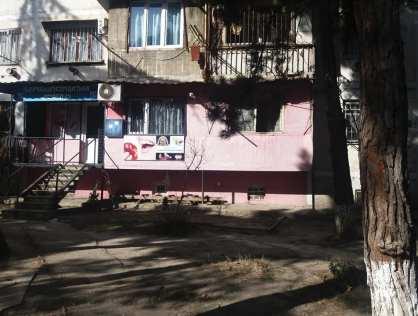 Продается  квартира рядом с метро Варкетели в городе Тбилиси
