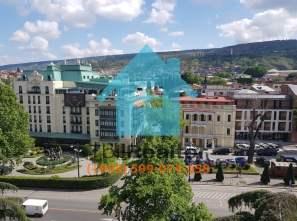 Сдается в долгосрочную аренду 2 комнатная квартира в Тбилиси ул Бараташвили