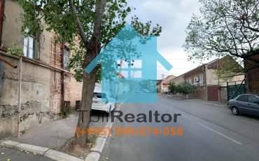Продается земельный участок с домом в Тбилиси на Элиа рядом с Самеба
