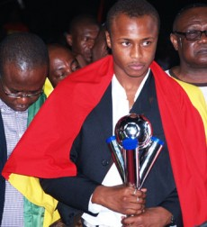 Ayew With The Trophy