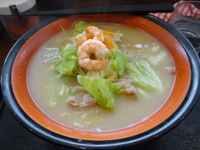 三河麺don家 戸畑店のラーメン