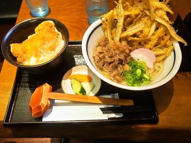 うどん屋麺之介 大阪店のラーメン