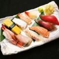 海鮮握り寿司盛り合わせ(10貫)