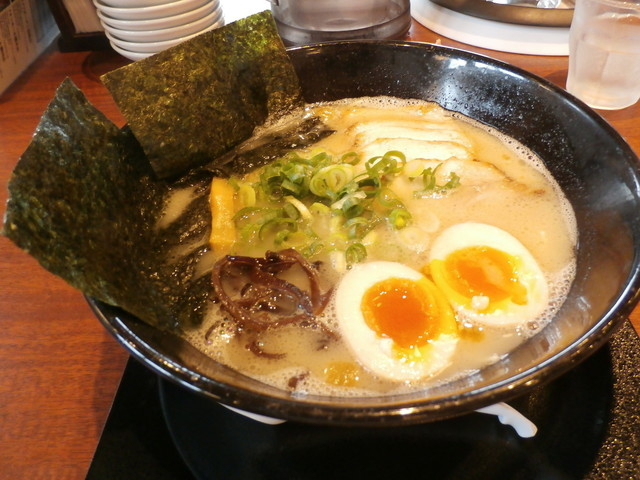 久留米ラーメン清陽軒 ゆめモール柳川店のラーメン