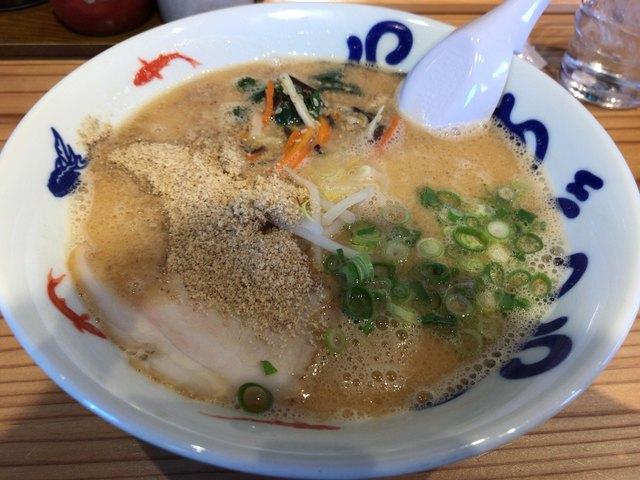九州麺匠の味 やまごや 吉田店のラーメン