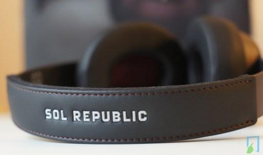 SOL REPUBLIC Master Tracks Studio by Calvin Harris