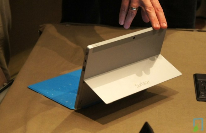 Surface 2 Silber