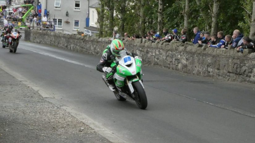 2019 Armoy Races : Derek McGee taking the Supersport Win