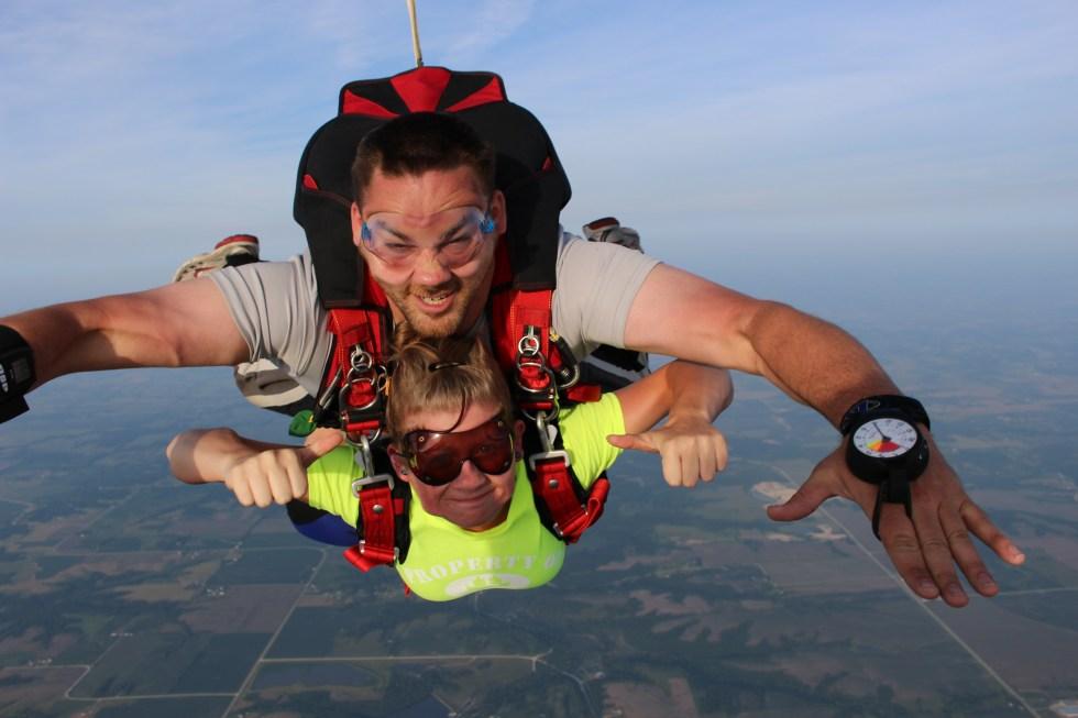 Jordan Sperry (SCC Rad Tech, FL'18)- went skydiving