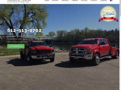 Hooked Up Towing website image