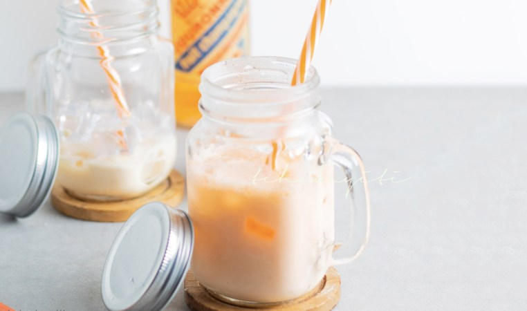 This milk soda is a favorite among many Haitian children. It is a mixture of a local fruit champagne soda and milk. | tchakayiti.com