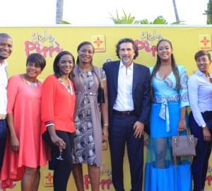 Aurelie Eliam et les membres de Nestlé au visionnage de Yelo Pèppè