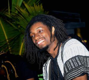 Manou Grebo , afrofuturiste
