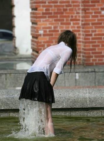 Femmes fontaines dans les films X