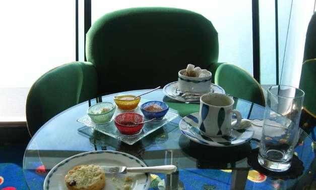 Afternoon Tea: Dubai Style