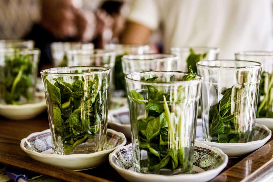 10 Tea Experiences Around the World You Shouldn't Miss - Photo of mint in cups