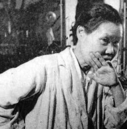 Michiyo Tsujimura; Early Researchers of Tea and Health Science
