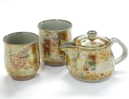Kutaniyaki Teapot and Teacups