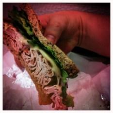 New York - Le sandwich qui déborde
