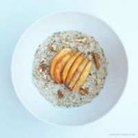 Apple pie porridge: For Digestive and Reproductive health