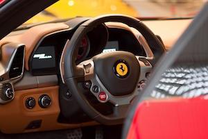 フェアラーリ 458 価格 5