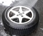 車のタイヤの洗い方やおすすめの洗剤は?動画や通販商品のご紹介!