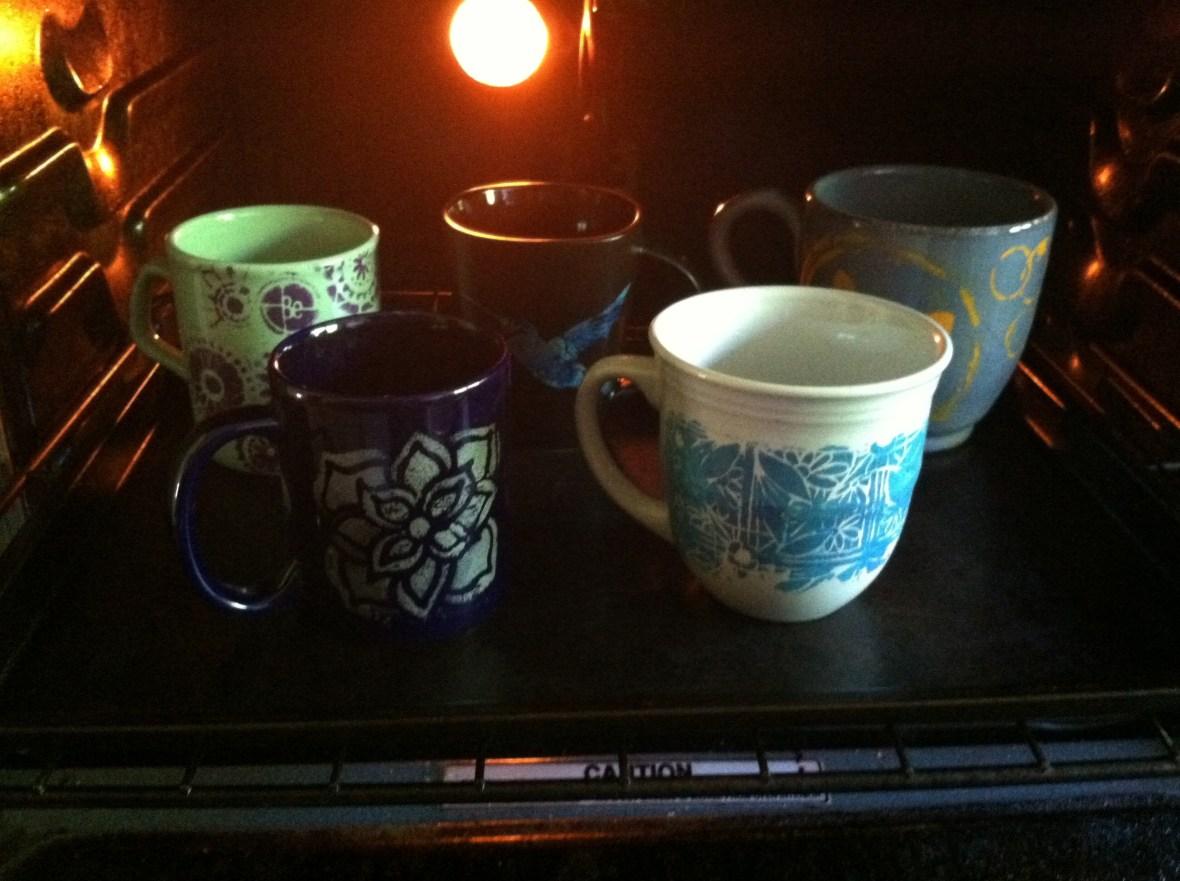 baking mugs