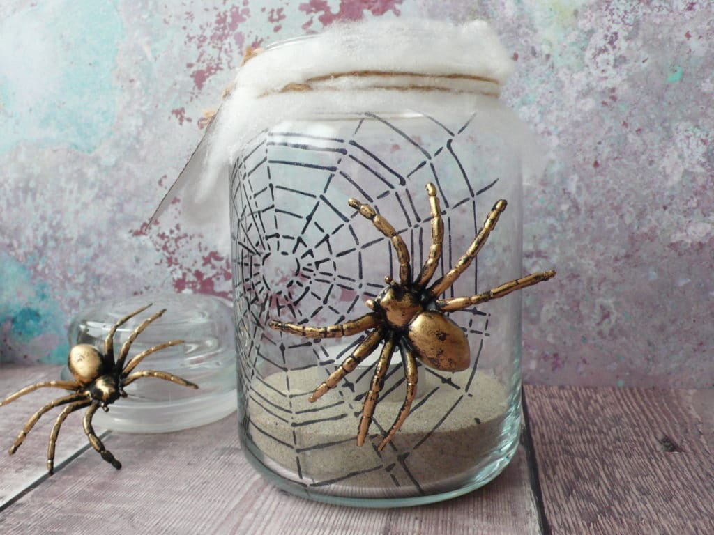 How to make you own Halloween candle decoration with stencils