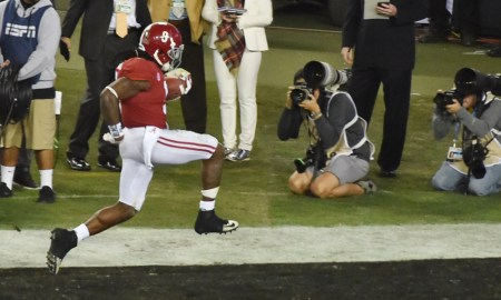 Bo Scarbrough scores a touchdown for Alabama versus Clemson in 2017 CFP National Championship Game