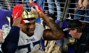 Derrick Henry puts a crown on his head after dominant performance for Titans in 2020 AFC Divisional Round vs. Ravens
