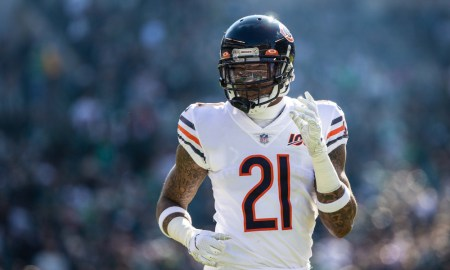 Ha Ha Clinton-Dix going through warmups for Chicago Bears before 2019 matchup against Philadelphia Eagles