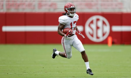 Jaylen Waddle returning a punt in Alabama's first scrimmage