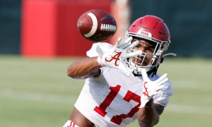 Jaylen Waddle makes a catch in Alabama fall camp