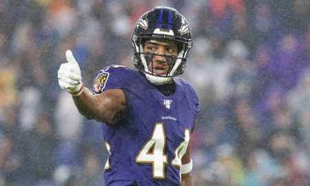 Marlon Humphrey gives thumbs up to his team