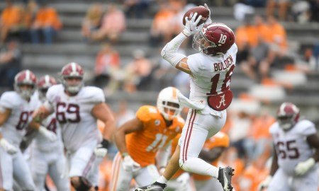 Slade Bolden with a catch versus Tennessee
