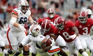 Alabama defense tackles Auburn running back in Iron Bowl