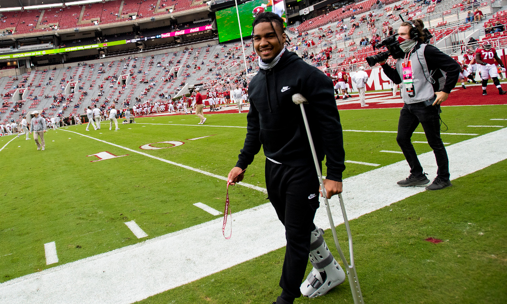 Jaylen Waddle at Iron Bowl for Alabama on crutches