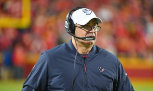Bill O'Brien on sideline for Houston Texans in 2019 AFC playoffs