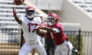 Agiye Hall pulls in catch during Alabama spring scrimmage