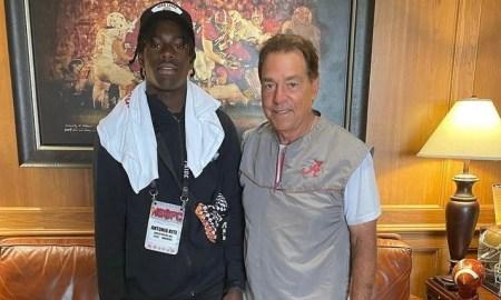 Antonio Kite poses with Nick Saban during Alabama visit