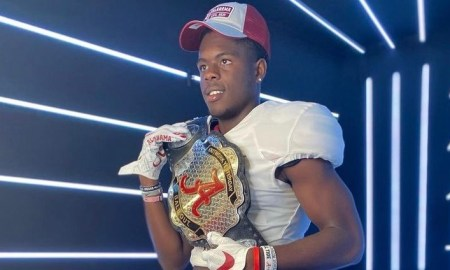 Rueben Owens poses for picture doing Alabama visit