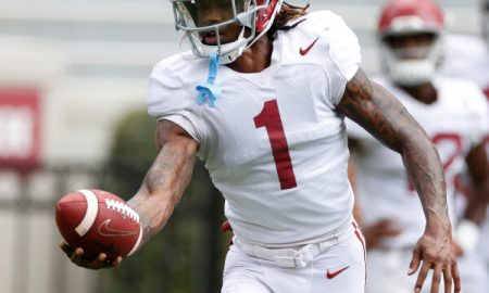 Jameson Williams (No. 1) with a catch for Alabama in warmups before scrimmage