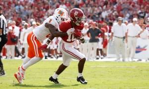 JoJo Earle breaks a tackle for Alabama versus Mercer