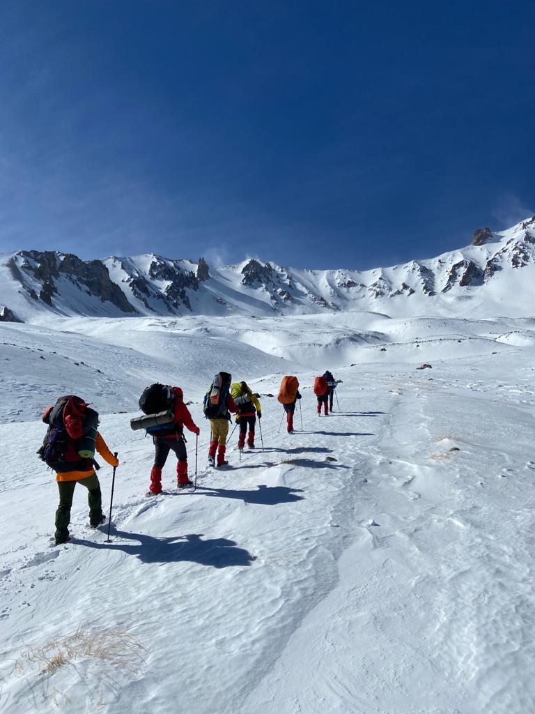 İstanbul Doğa Sporları Kulübü Erciyes Dağı Kış Tırmanışını gerçekleştirdi.