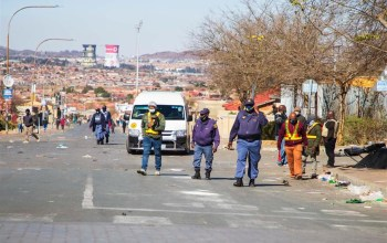 Parties agree to arbitration to resolve Cape taxi violence