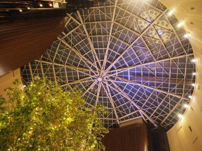 東京ベイ舞浜ホテル ロビー天井