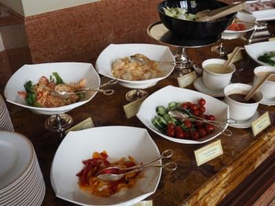 東京ディズニーランドホテル 朝食 サラダ