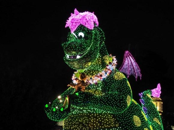 エレクトリカルパレード クリスマス ピートとドラゴン